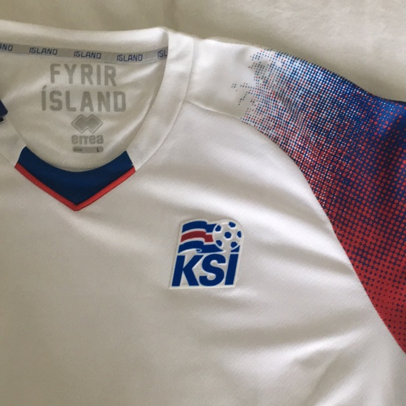 huge selection of c93a5 68997 Official 2018 World Cup Iceland jersey NWT